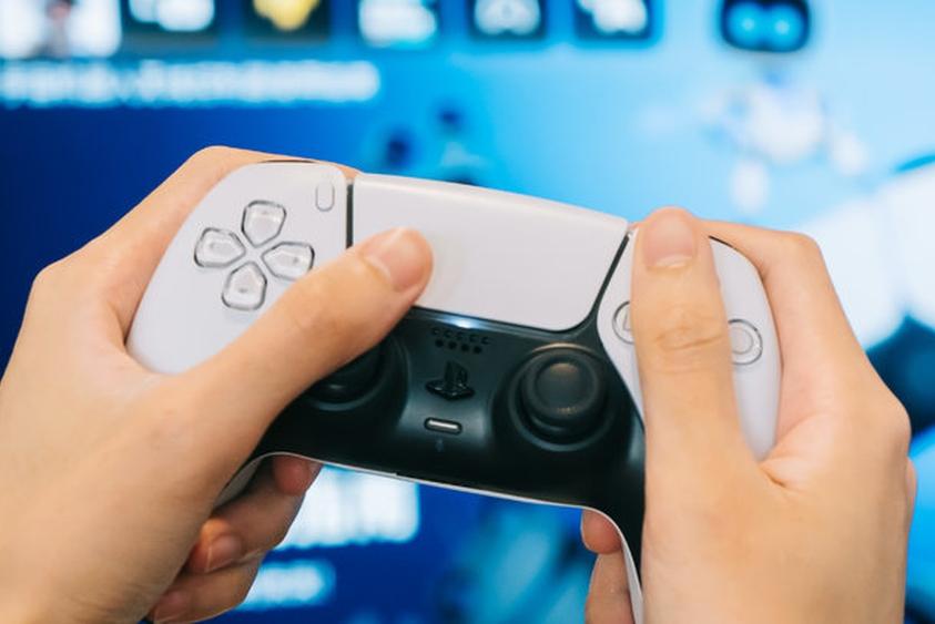 区区一个手柄 为什么成了索尼PS5最爽的部分?