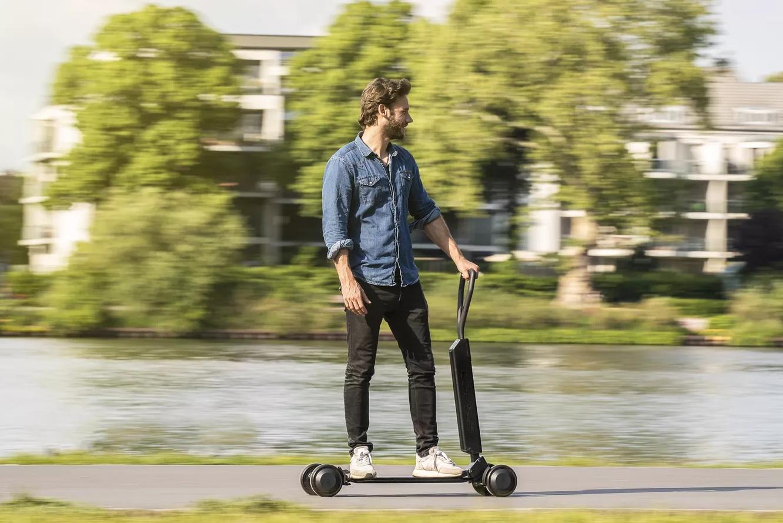 奥迪推出E-Tron电动滑板车 售价高达2000欧元