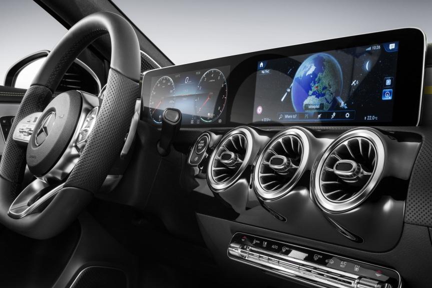 浑身是屏:OLED已征服大部分豪车品牌