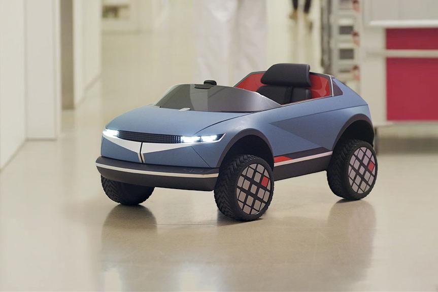 現代汽車推出mini 45電動車 一款AI驅動的兒童玩具