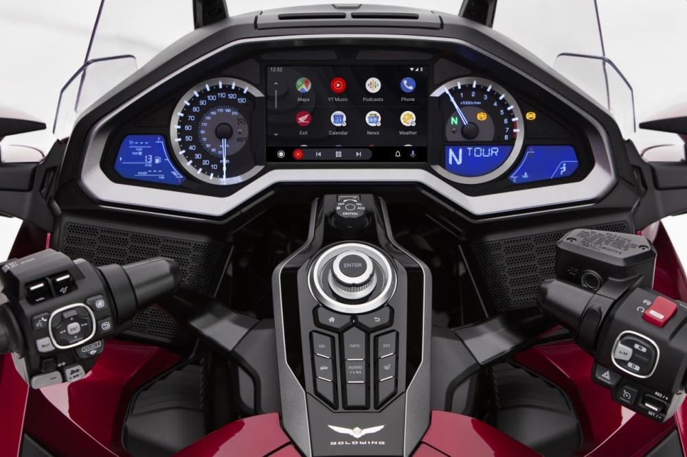 本田Gold Wing摩托车即将支持Android Auto