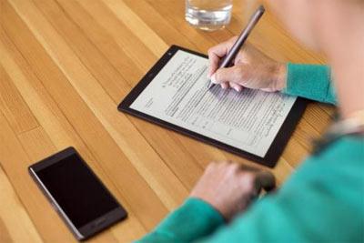 索尼推出10英寸电子纸平板电脑DPT-CP1