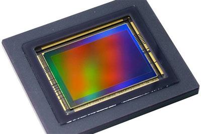 佳能正在测试三款用于无反相机的不同分辨率传感器