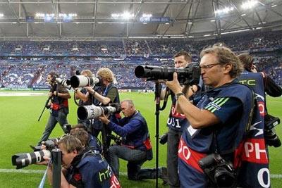 世界杯赛场之外 是相机厂商之间的淘汰赛