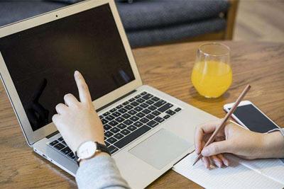年收入5-10万的人 如何精打细算买笔记本