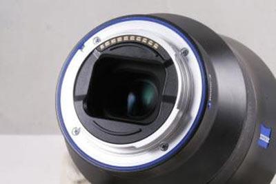 蔡司新款Batis 40mm f/2 CF FE镜头外观照曝光