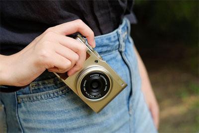 高颜值便携大底PS机 富士XF10相机评测