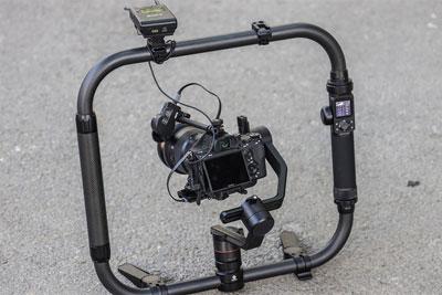 可触控的相机稳定器 飞宇AK4000究竟好不好用?