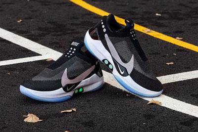 能自动系鞋带的Nike鞋 才是可穿戴设备该有的样子