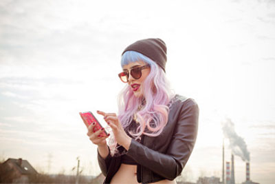 你想不想要一个 盘点那些个性特色鲜明的手机