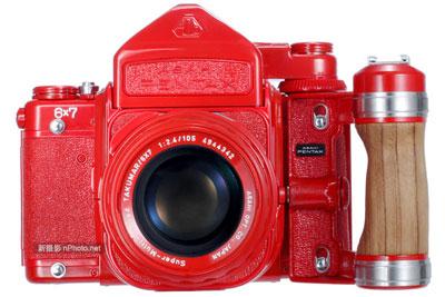 宾得67中画幅相机红色版套装现身eBay