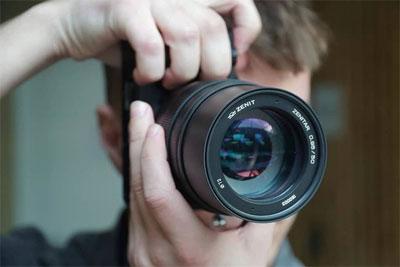 俄罗斯厂商发布E卡口50mm f0.95镜头