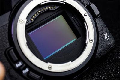 买APS-C还是全画幅 摄影新手选购相机指南