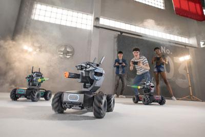 DJI大疆创新推出教育机器人:机甲大师RoboMasterS1
