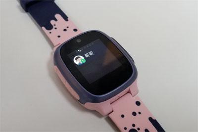 小豹AI儿童电话手表评测 功能丰富/孩?#21491;?#29992;才是好的