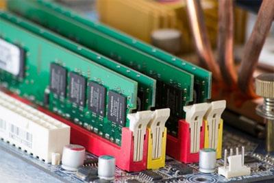 存储芯片狂涨15% 手机厂商开始囤货了