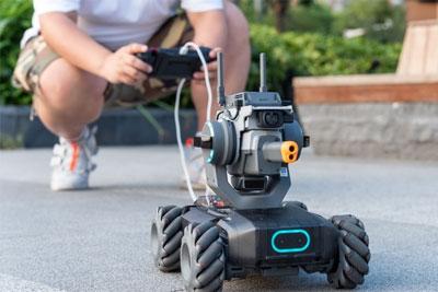 大疆RoboMaster S1评测:能玩还能学编程