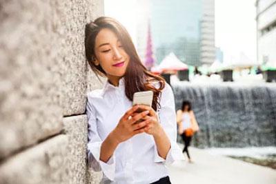 开学晒新手机 高回头率的个性手机推荐_网络赚钱途径