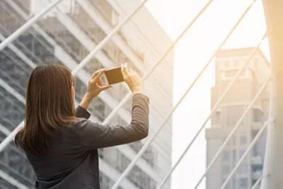 国庆假期出游必备 国产优质拍照手机推荐