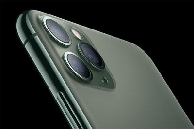 浴霸镜头贴走红网络 iPhone X秒变iPhone 11 Pro