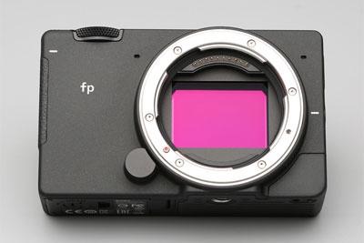 适马fp评测:巴掌大的全画幅微单相机