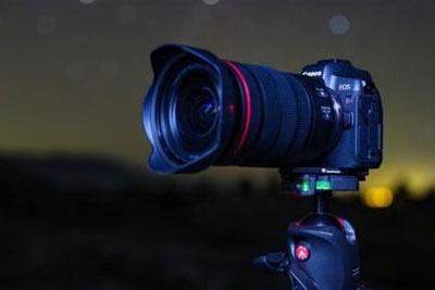 佳能推出首款用于天文摄影的全画幅无反光镜相机