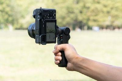 索尼无线蓝牙拍摄手柄发布:微单/黑卡的绝佳拍档