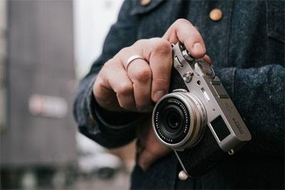 2610万像素全新23mm镜头 富士X100V发布