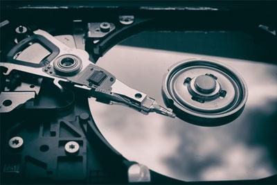 西数Gold 14TB硬盘测试:270MB/s速度 最高功耗28W