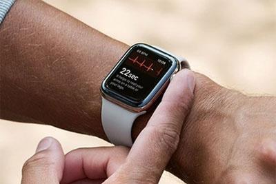 苹果手表有望增加手势识别功能 无需触屏即可控制