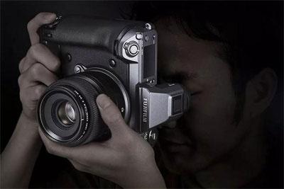 富士暂不推出中画幅X-Trans传感器 暂不考虑固定镜头GFX相机