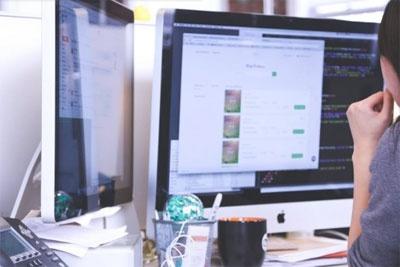未来的iMac可能会自动转轴和旋转 以提供良好的人体工程学