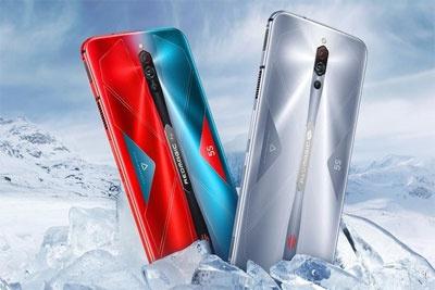 红魔5S游戏手机幻影黑12GB+256GB版本开售 售价4199元