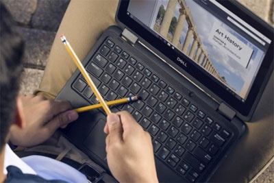 英国阿斯达超市和沃达丰合作 给孩子们提供上网的笔记本电脑
