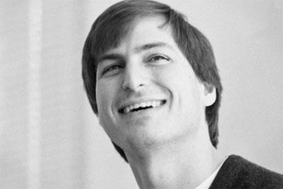 苹果CEO蒂姆·库克纪念乔布斯:本该是他的66岁生日
