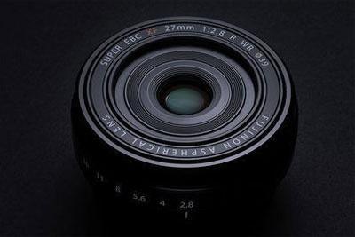 富士官网发通稿:XF27mmF2.8镜头供不应求!