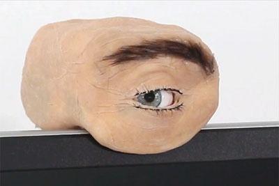逼真!国外推出人眼摄像头:不仅能眨眼 还能感知手势