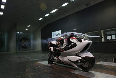 英国公司打造全球最快电动摩托车:采用激进的大洞技术