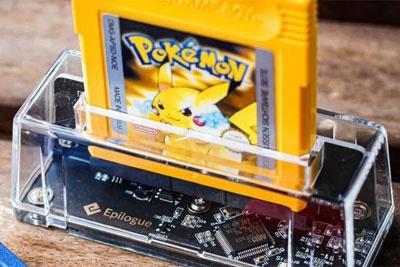 你抽屉里的Game Boy卡带,终于可以派上用场了