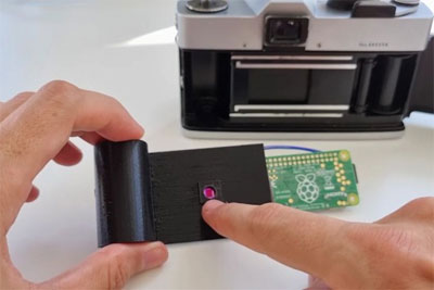 改造达人利用树莓派成功将胶卷相机转换为数码相机