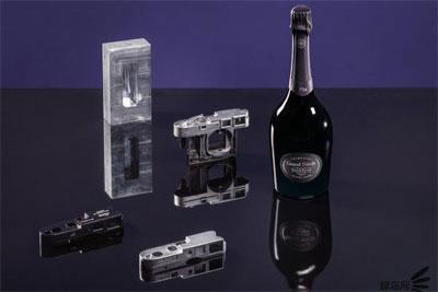 徕卡相机公司与罗兰百悦香槟建立全球品牌合作伙伴关系