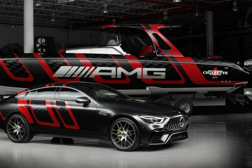 """奔驰AMG推出""""水上轿跑"""" 时速可达134公里"""