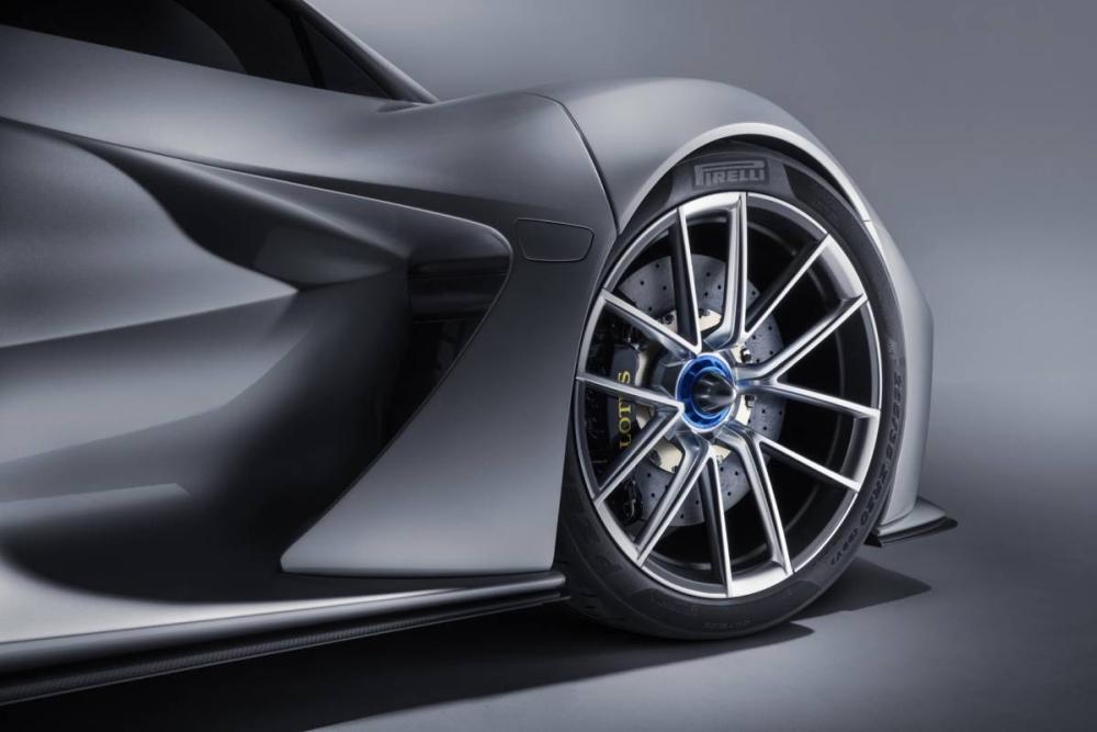 Lotus发布首款电动超跑:18分钟充满电