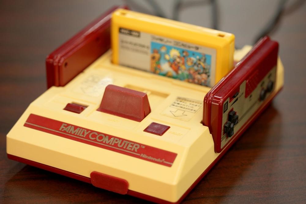 NES停产二十多年了 还有一群人为它开发新游戏