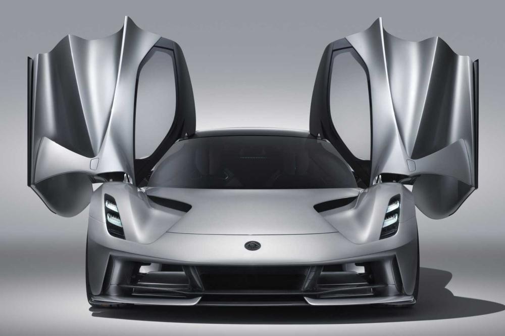 路特斯首款超跑即将交付 售价2188万起