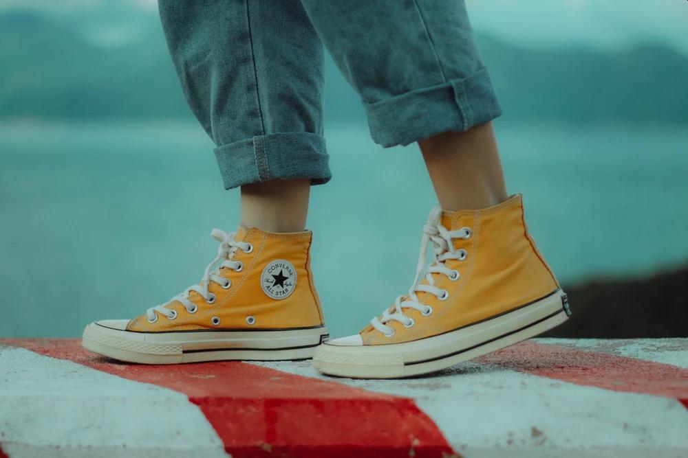 全世界有那么多鞋 为什么偏偏火的是匡威?