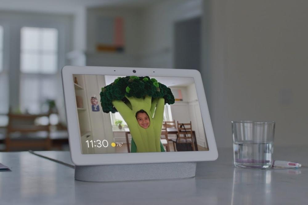 谷歌将Nest集线器变成了支持Netflix的小电视