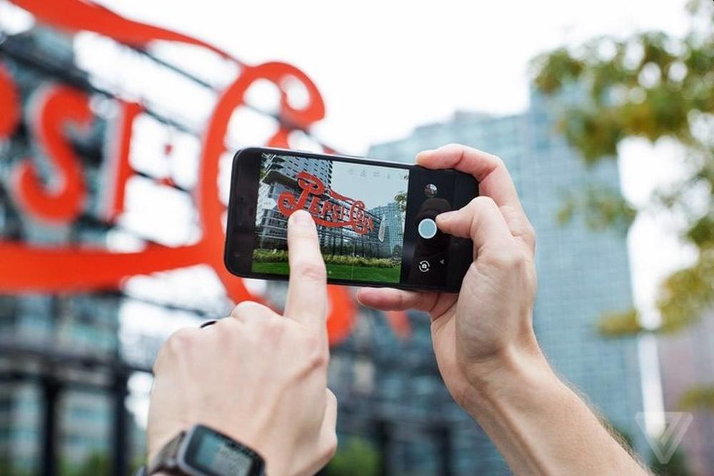 """他创造了计算摄影 要为每台手机安一个""""Pixel相机"""""""