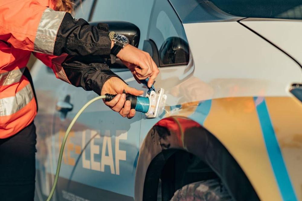 日产发布RE-LEAF全电动应急车 可当作应急移动电源