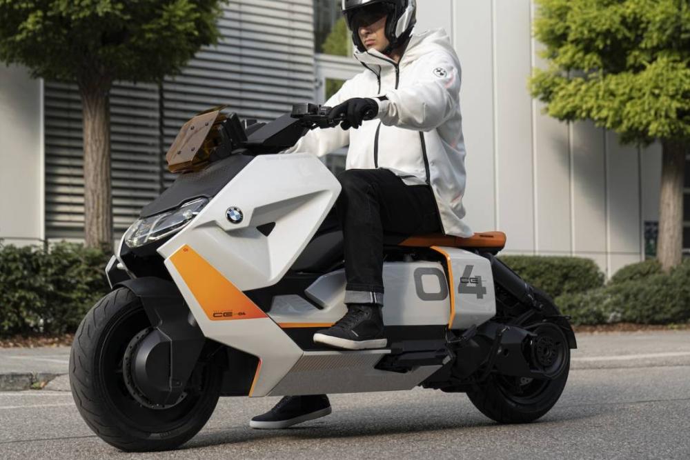 寶馬汽車為明日城市打造了一輛電動摩托車